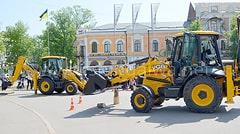 Соревнования между машинистами экскаваторов.